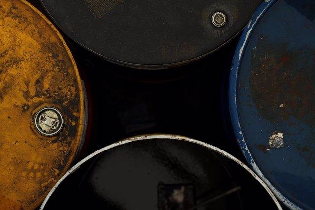 El precio del barril de petróleo alcanzará los 95 dólares en 2025, según Crédito y Caución