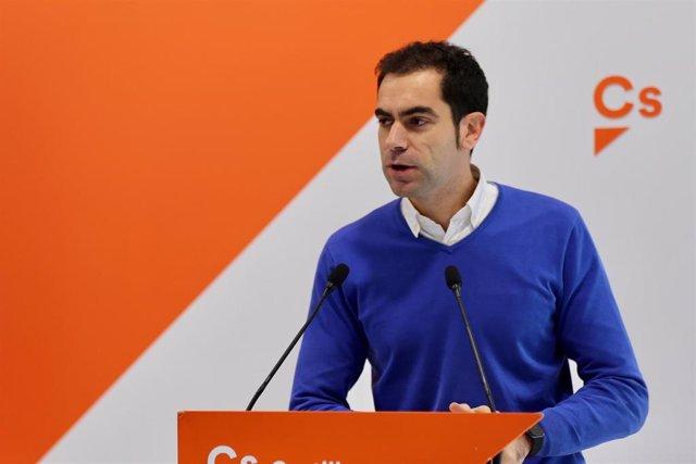 El diputado provincial de Ciudadanos, Julio Comendador