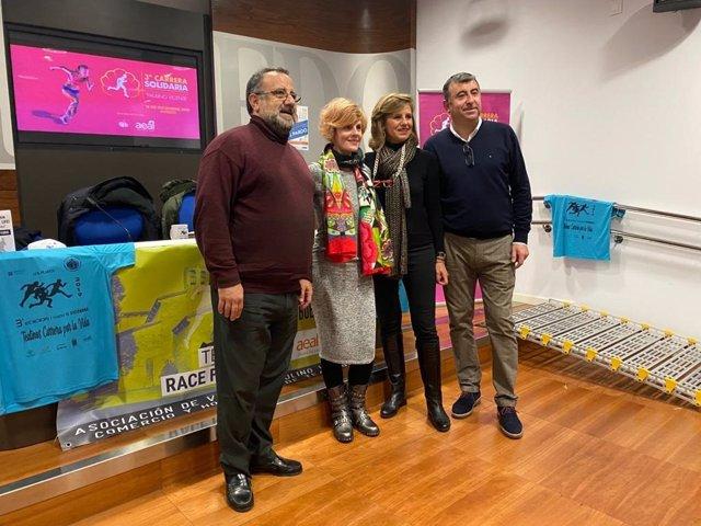 Presentación de la carrera solidaria en el Ayuntamiento de Oviedo.