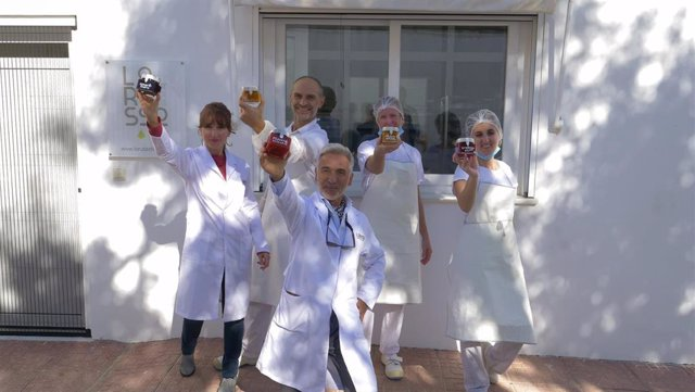 Equipo de la empresa de mermeladas Lorusso y Sáez