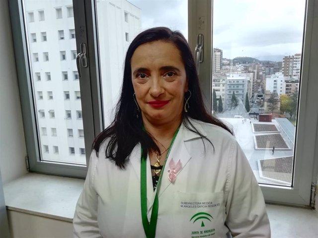 María de los Ángeles García, gerente del Hospital Universitario Virgen de las  Nieves de Granada