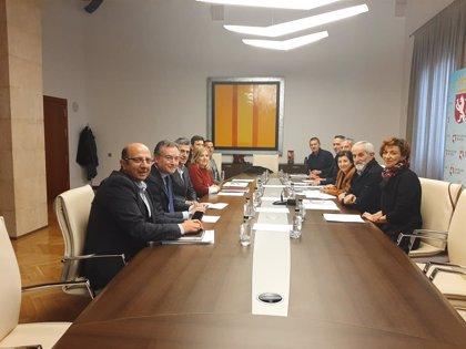 Matías Llorente, ratificado como nuevo presidente del Consorcio del Aeropuerto de León