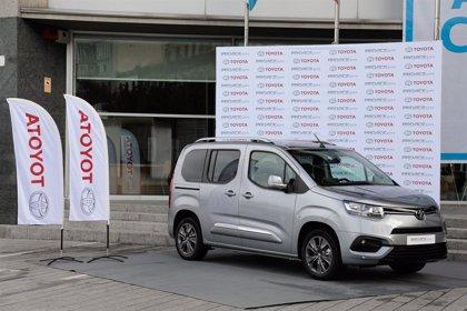 PSA Vigo inicia la producción de la furgoneta de Toyota, que alcanzará 100 unidades diarias en enero