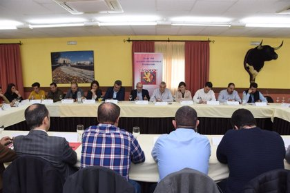 Empresarios de la zona de Coria trasladan sus necesidades a la Diputación de Cáceres para el desarrollo de la comarca