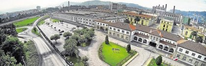 """Sniace anuncia un ERTE en su fábrica de Torrelavega (Cantabria) para """"paliar la situación de sobreproducción"""""""