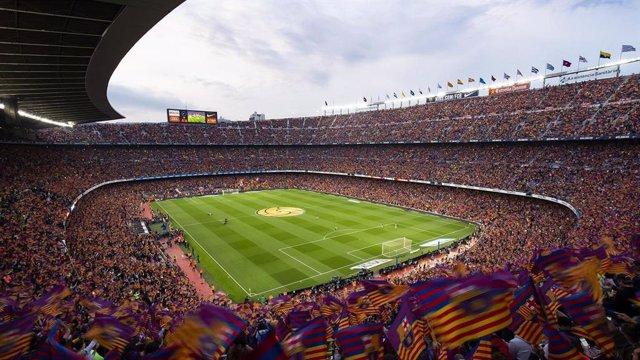 El Camp Nou, estadi del FC Barcelona, en dia de partit.