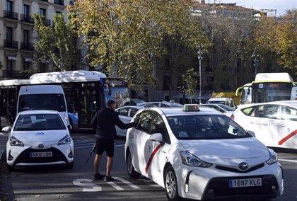 """Ayuntamiento valora que precio cerrado en taxi ofrecerá """"más garantías al usuario"""" y dará """"mayor competitividad"""""""
