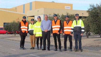 El presidente del Puerto de Tarragona visita la planta de Essity en Puigpelat