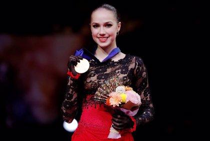 La campeona olímpica Alina Zagitova se tomará un descanso del patinaje artístico