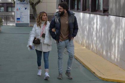 Elena Tablada y Javier Ungría acuden al ginecólogo para conocer el sexo de su bebé