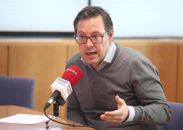 El portavoz del PP en la Asamblea de Madrid, Alfonso Serrano, durante una entrevista con Europa Press, en Madrid a 11 de diciembre de 2019.