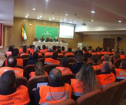 Sanz anuncia que la Junta trabaja en un nuevo decreto para regular los sistemas locales de Protección Civil