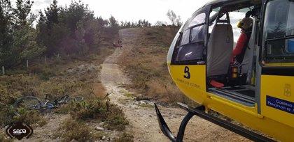 Trasladado en helicóptero al hospital un ciclista que sufrió una caída en Illas