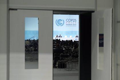 La presidencia de la Cumbre del Clima asegura que trabaja para acordar mayor ambición climática