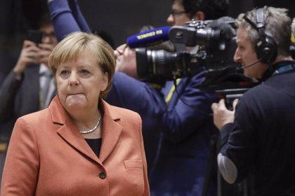 Merkel avisa de una posible fuga de empresas en Alemania por falta de personal cualificado