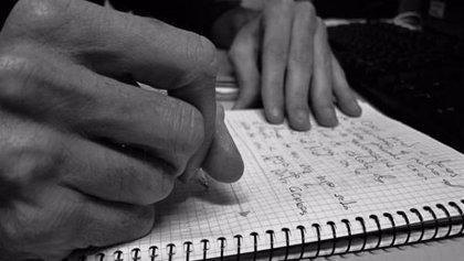 Los 'Lunes Literarios' cierran 2019 con su tradicional Concurso de Escritura Rápida este lunes