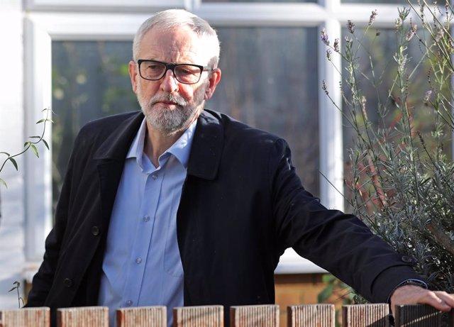 R.Unido.- Corbyn asume su parte de responsabilidad por el fracaso laborista en u