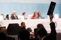 La Cumbre del Clima aprueba un acuerdo que pide un aumento de la ambición climática en 2020