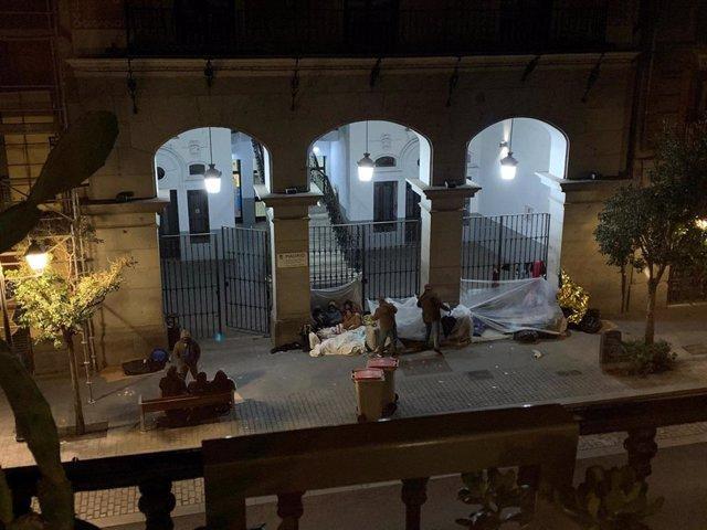 La San Carlos Borromeo acoge a una familia colombiana con 4 menores y la RSA a o