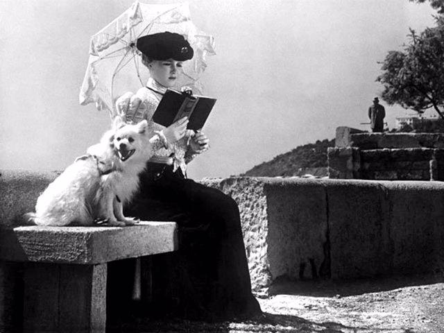 Fotograma de 'La dama del perrito'
