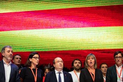 """El PSC reivindica el catalán como lengua de cohesión contra """"segregacionismos"""" en una resolución"""