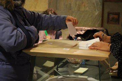 Un 37,64% de los andorranos vota en las elecciones comunales hasta las 13 horas