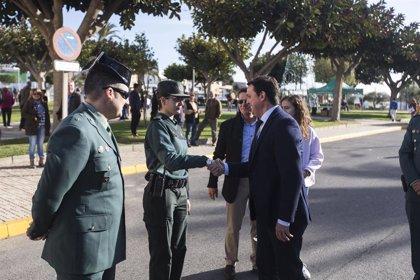 Balanegra (Almería) dedica su plaza central a la Guardia Civil en un emotivo acto con sus vecinos
