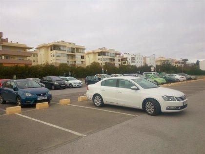 El Ayuntamiento de Mairena (Sevilla) multa a un vecino por ejercer como gorrilla junto a la parada de metro de Cavaleri