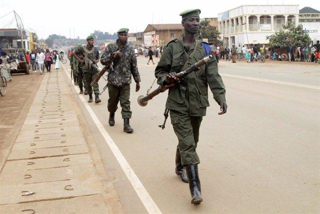 Soldados congoleños en Beni