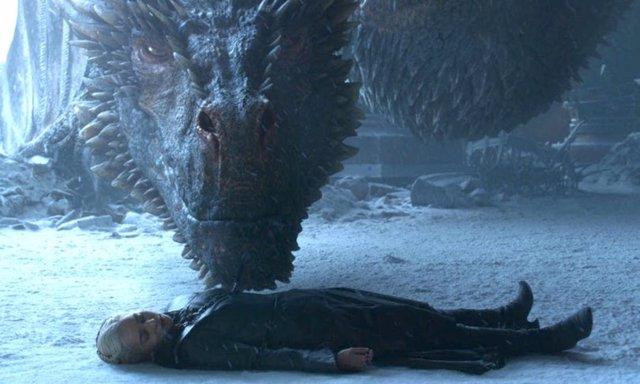 Drogon se reune por última vez con Daenerys