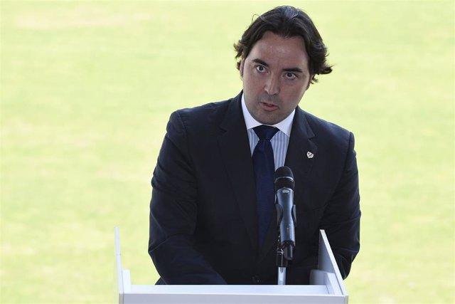 Raúl Martín Presa,Nuevas equipaciones en el Rayo Vallecano