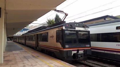 """La plataforma Jaén Merece Más tacha de """"humillante"""" poner un tren de 1975 para el servicio Jaén-Madrid"""