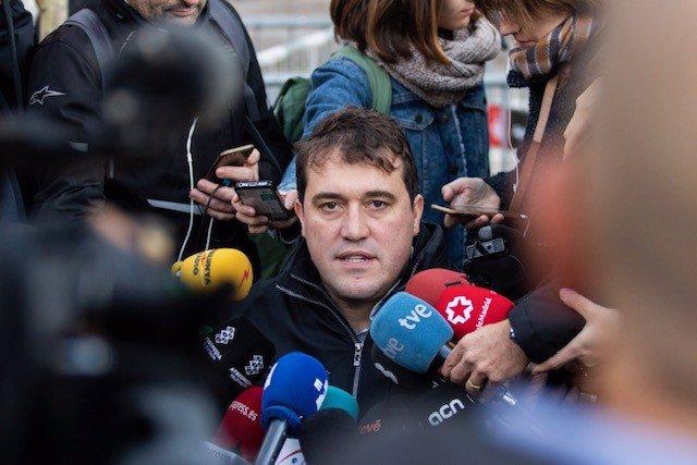 El president del PDeCAT, David Bonvehí, atén els mitjans de comunicació a Barcelona, a 18 de novembre del 2019.