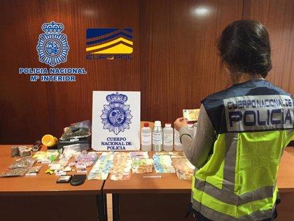 Detenidos en Galicia por su implicación en una red dedicada a la venta de billetes falsificados a través de Internet