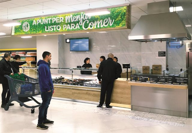 Secció 'A punt per Menjar' a un supermercat de Mercadona