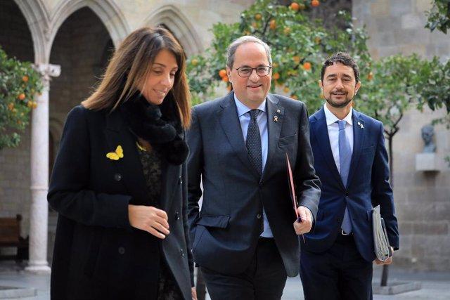 El president de la Generalitat, Quim Torra, amb els consellers Meritxell Budó i Dami Calvet, a la Generalitat, el 17 de desembre de 2019.