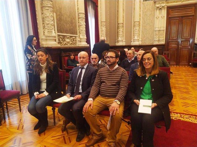 Valbuena(I); Calderón, García Zamora y Armisén en la entrega del III Premio Internacional de Poesía 'Jorge Manrique'.