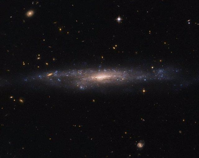 Nuevas pistas sobre la materia oscura en las galaxias más oscuras