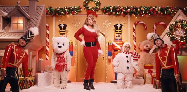 Nuevo videoclip de 'All I want for Christmas is you'