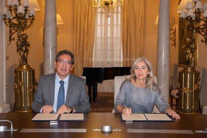 Fundación Cajasol y Cultura firman un convenio para un encuentro de las Orquestas Barenboim y Joven de Andalucía