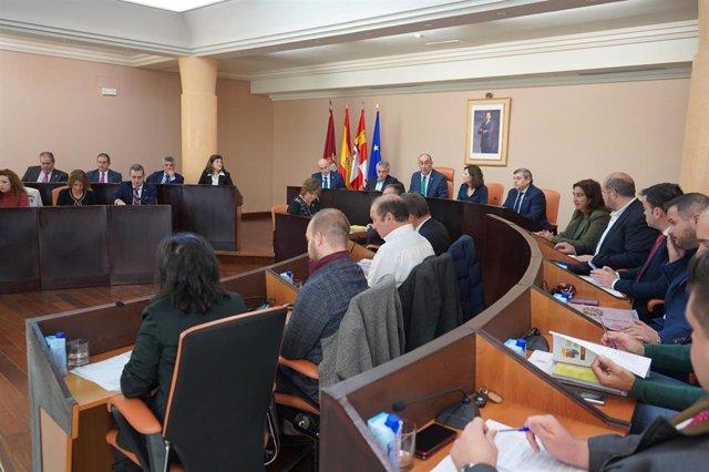 Sesión plenaria de la Diputación de Segovia para la aprobación de los presupuestos 2020.