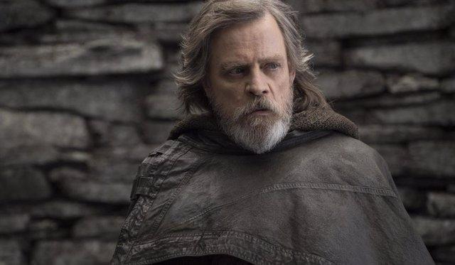 Mark Hamill es Luke Skywalker en Los últimos Jedi
