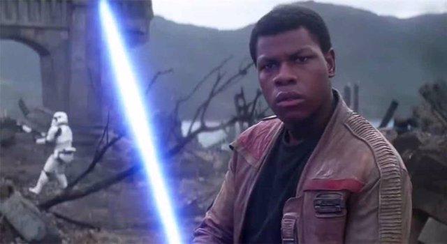 John Boyega es Finn en Star Wars