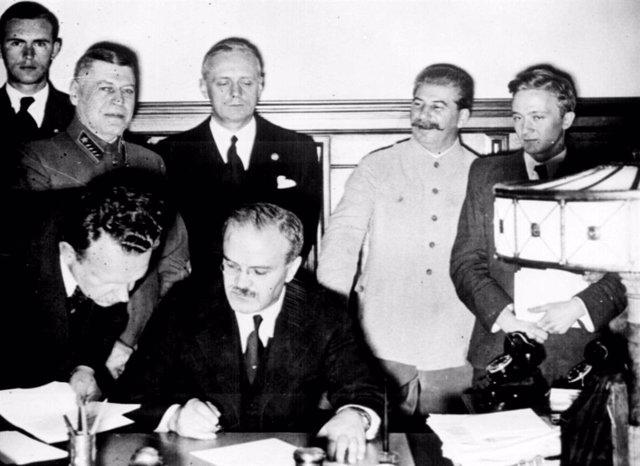 El pacte Mólotov-Ribbentrop