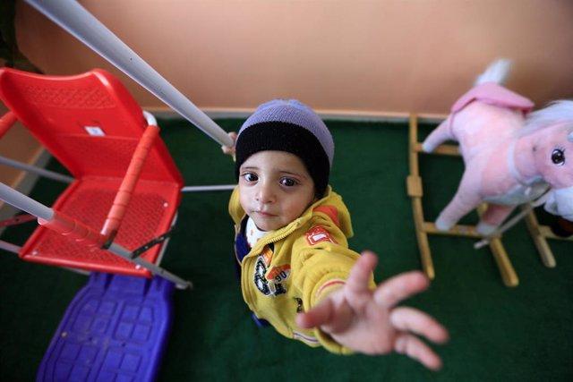 Niño atendido por UNICEF en Yemen