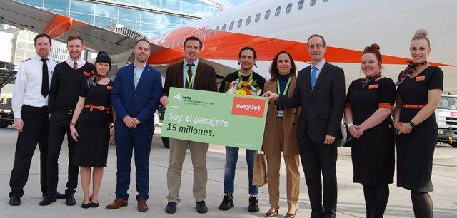 Pasajero 15 millones del aeropuerto Alicante-Elche.