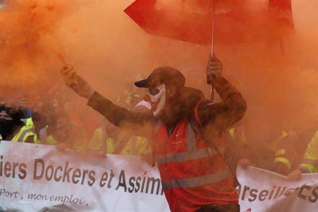 Manfiestación contra la reforma de las pensiones en Francia