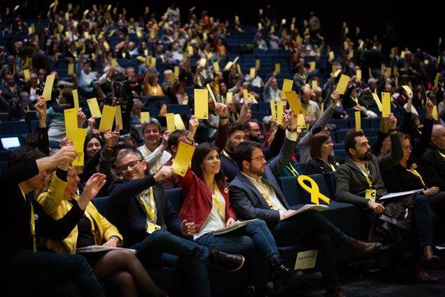La portaveu d'ERC, Marta Vilalta, el vicepresident de la Generalitat, Pere Aragonès, el president del Parlament, Roger Torrent i la consellera de Justícia, Ester Capella, en el 28 Congrés d'ERC a 21 de desembre de 2019