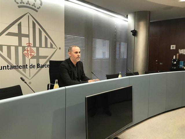 El regidor d'Emergncia Climtica i Transició Ecolgica de Barcelona, Eloi Badia, en roda de premsa sobre la ZBE, a Barcelona, el 2 de gener de 2020.