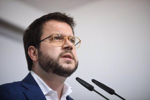 El vicepresident del Govern i coordinador d'ERC, Pere Aragonès, en el Consell Nacional d'ERC del 2 de gener de 2020 on han acordat abstenir-se en la investidura de Pedro Sánchez.